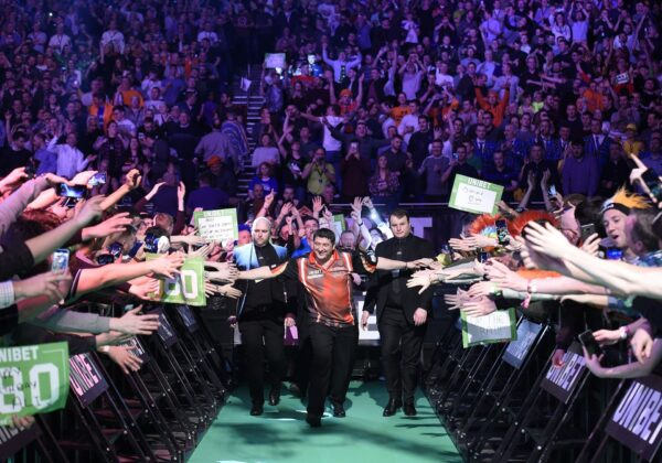 Electric atmosphere at the PDC Premier League