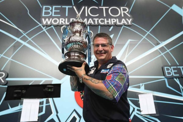 Gary Anderson winning the PDC World Matchplay