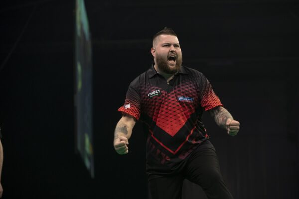 After fifteen long weeks of lockdown Smith is excited about the return of competitive play on the PDC tour. Smooth did compete in the PDC Home Tour during the lockdown, but ranked events are now set to return.