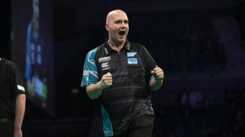"Rob Cross on Wayne Mardle ""I pay my own bills…he's irrelevant."""