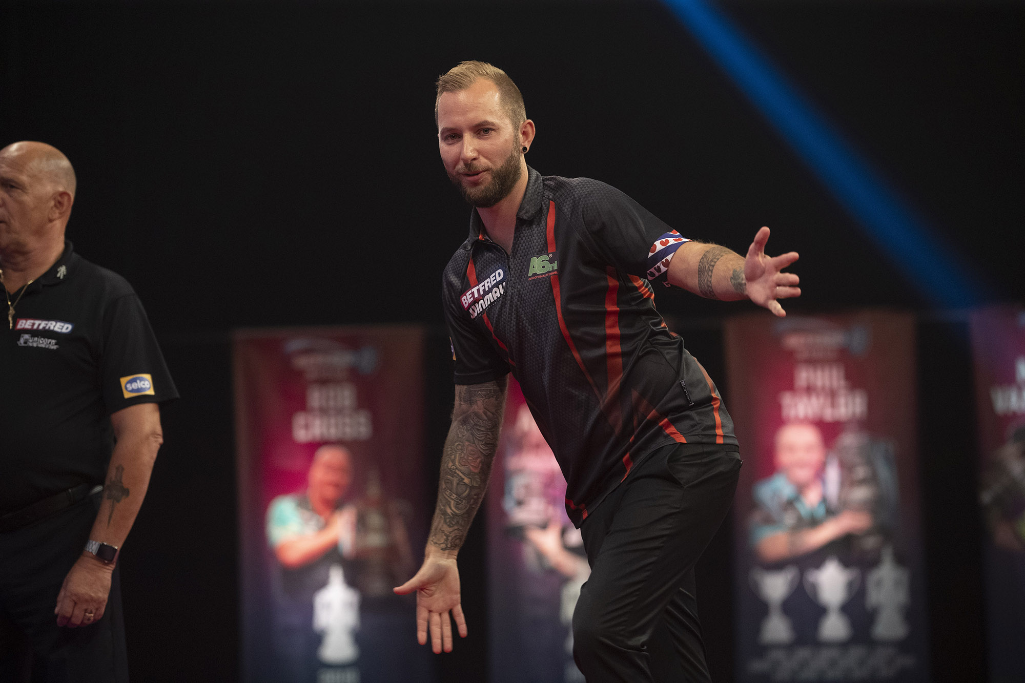 Noppert knocks out Price on day three of World Matchplay