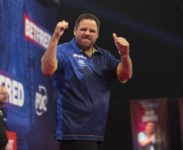 Adrian Lewis Receives Some Advice From Phil Taylor (PDC)
