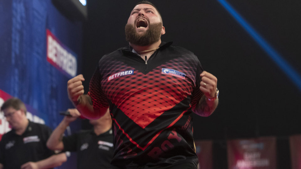 Anderson and Smith win on Day Six of World Matchplay