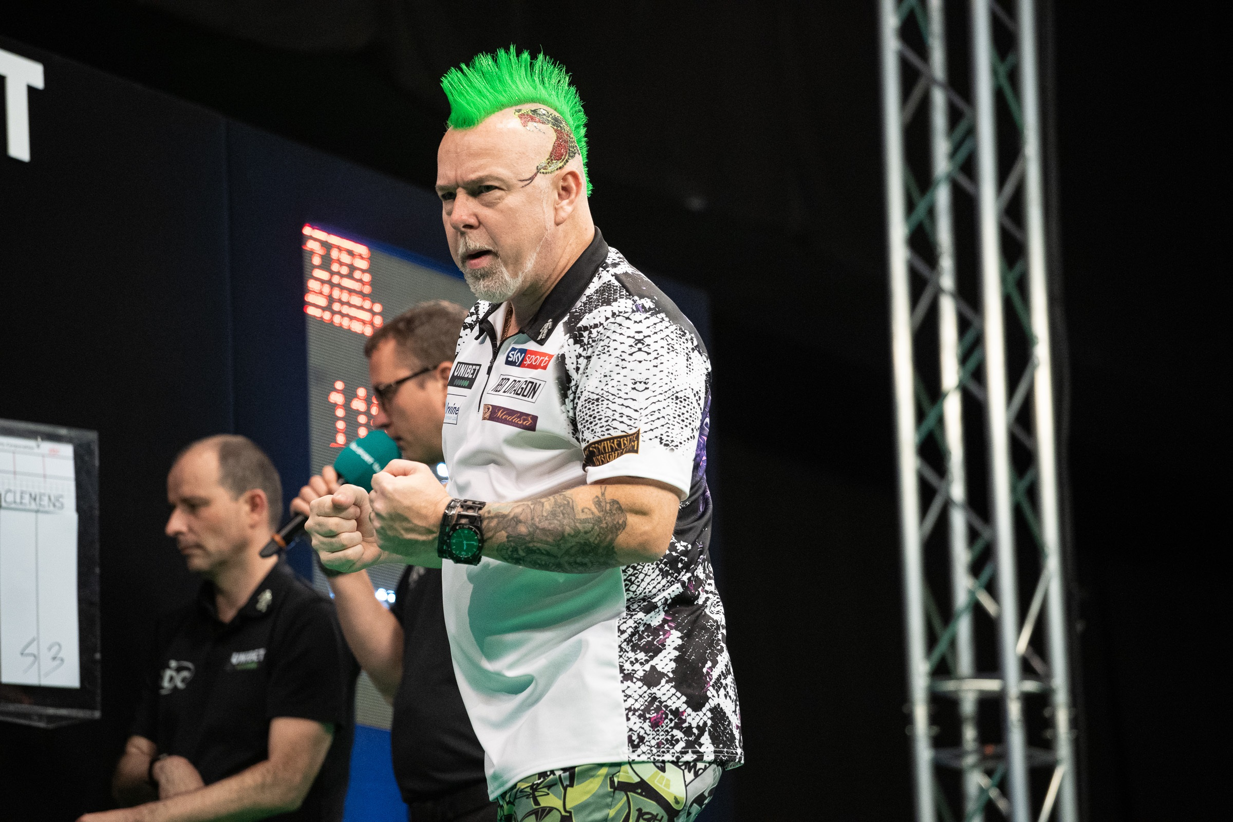 """Peter Wright """"I wasn't enjoying the game, so I needed a break."""""""