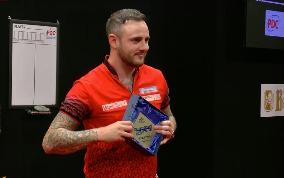 Cullen wins on final day of International Darts Open