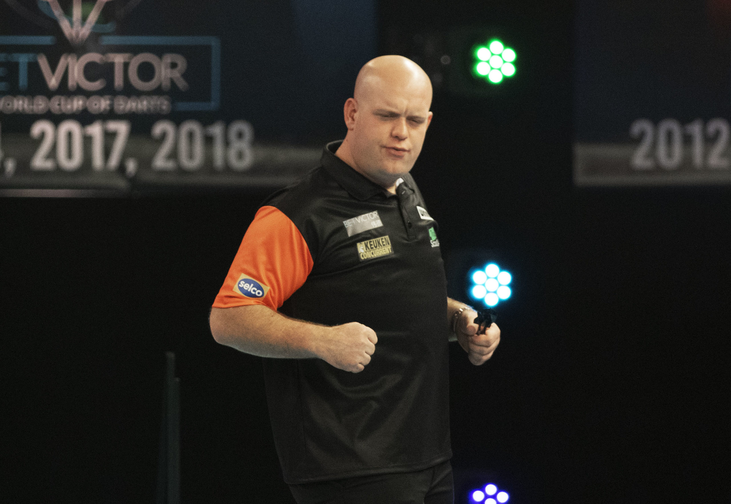 Michael van Gerwen has a recurrence of a long-standing back problem