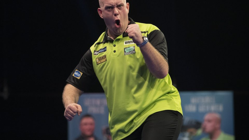 Van Gerwen storms through on day two of Grand Slam