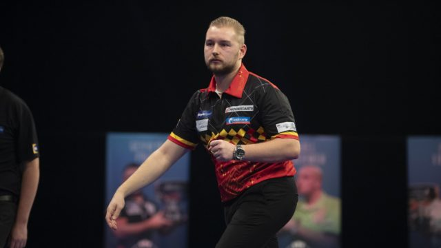 Dimitri dazzles on day five of Grand Slam of Darts