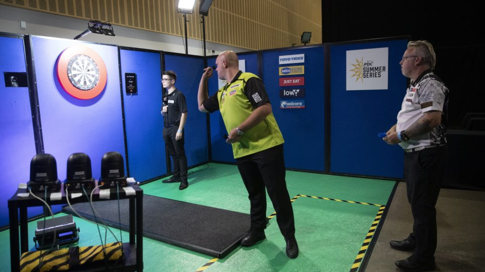How To Watch The PDC Winter Series