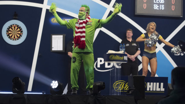 Wright through on day one of World Darts Championship