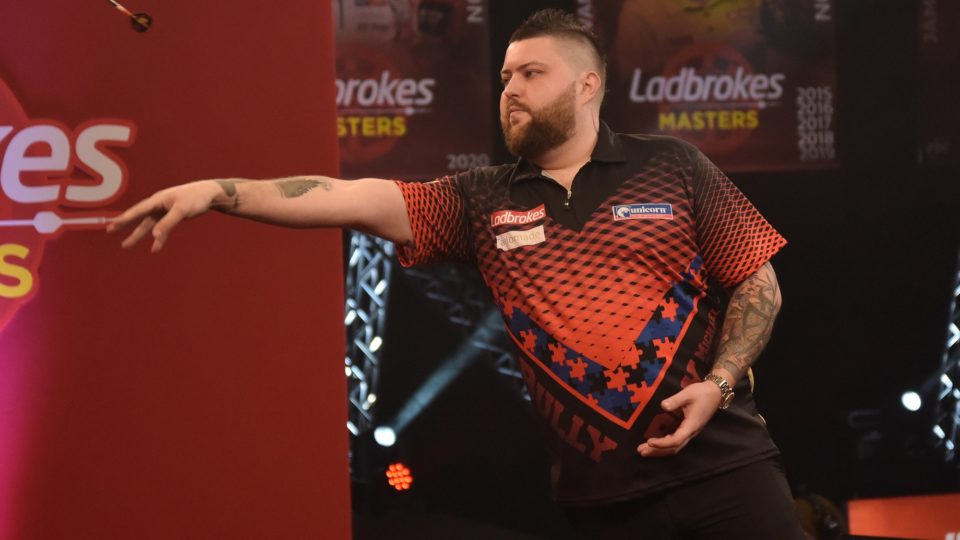 Smith loses classic to Lewis on day one of Masters
