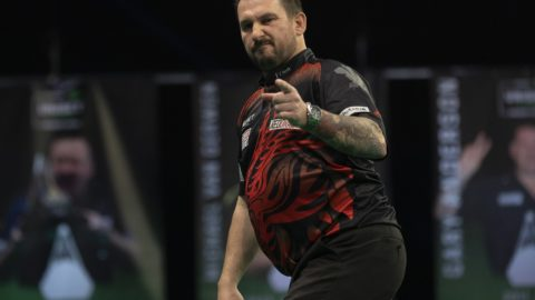 Clayton sinks Anderson to move top of Premier League