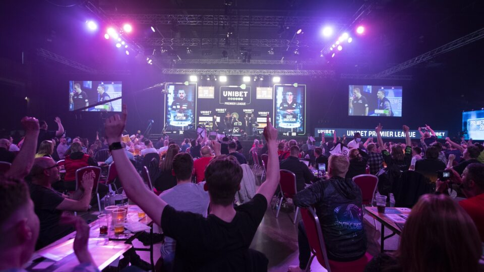 Premier League Darts: Who needs what on night 15?