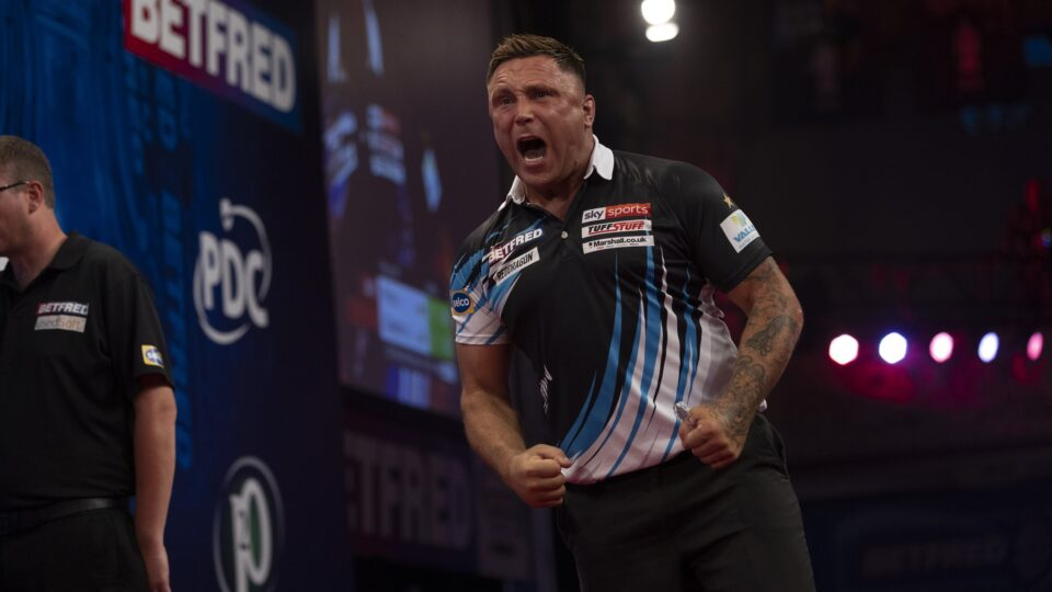 Price powers past Clayton on day four of World Matchplay