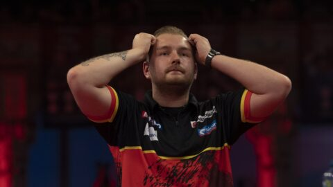 Van den Bergh victorious on day one of PDC Super Series