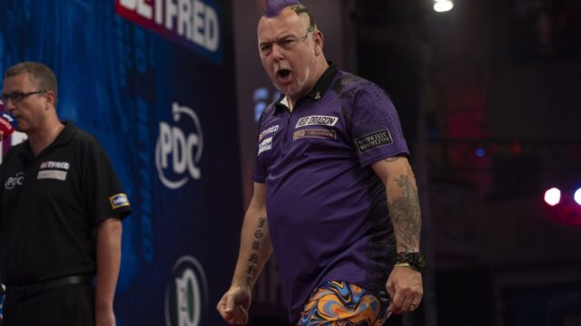 Wright cleans up on final day of PDC Super Series again
