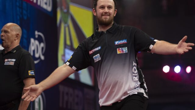 Rydz Doubles Title Count on Day Two of PDC Super Series